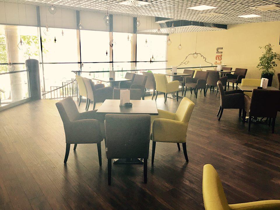Kaviareň Caffe Platan v Galéria Mlyny v Nit - Kam v meste  ee9ddfc0128